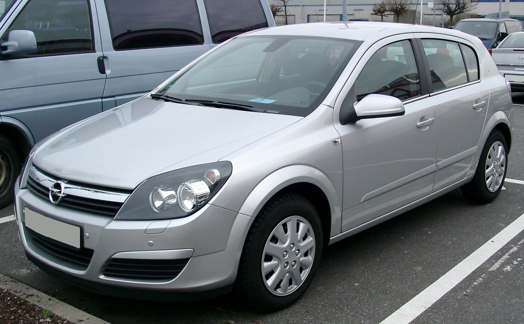 Opel_Astra_front_20080306
