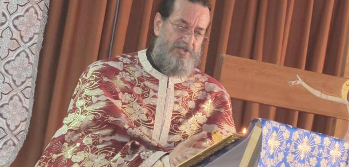 TURNĂTORI ÎN SUTANĂ. Anghel Dincu, preotul moralist de la TV Neptun, a colaborat cu Securitatea