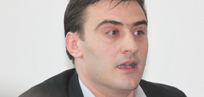 Reprezentanții MAI confirmă abuzul prefectului Volcinschi. Nicușor Constantinescu trebuia suspendat din iunie
