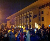 """Tinerii Constanței au ieșit în stradă: """"Rețeta pentru ruină, Mazăre și cocaină"""""""