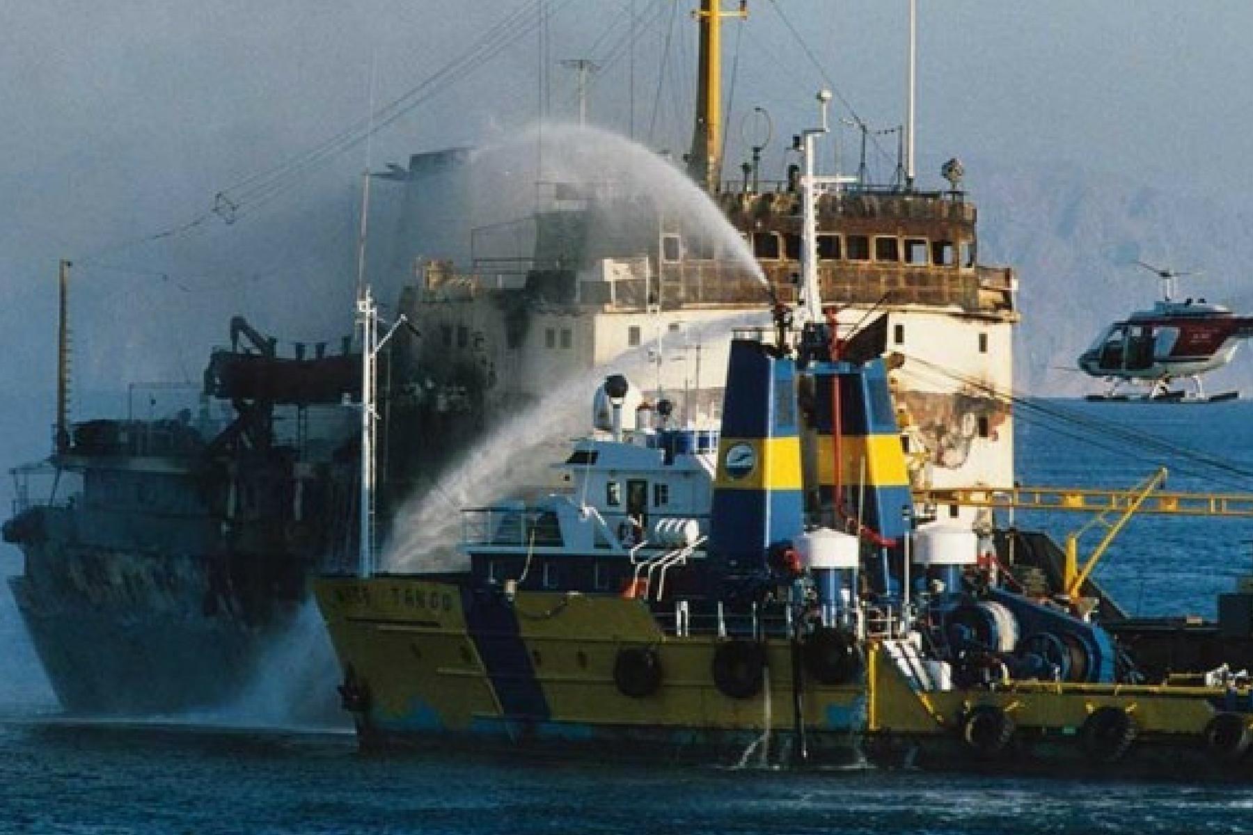23.11.1987 - Cargoul romanescu FUNDULEA si remorcherul NICE TANGO
