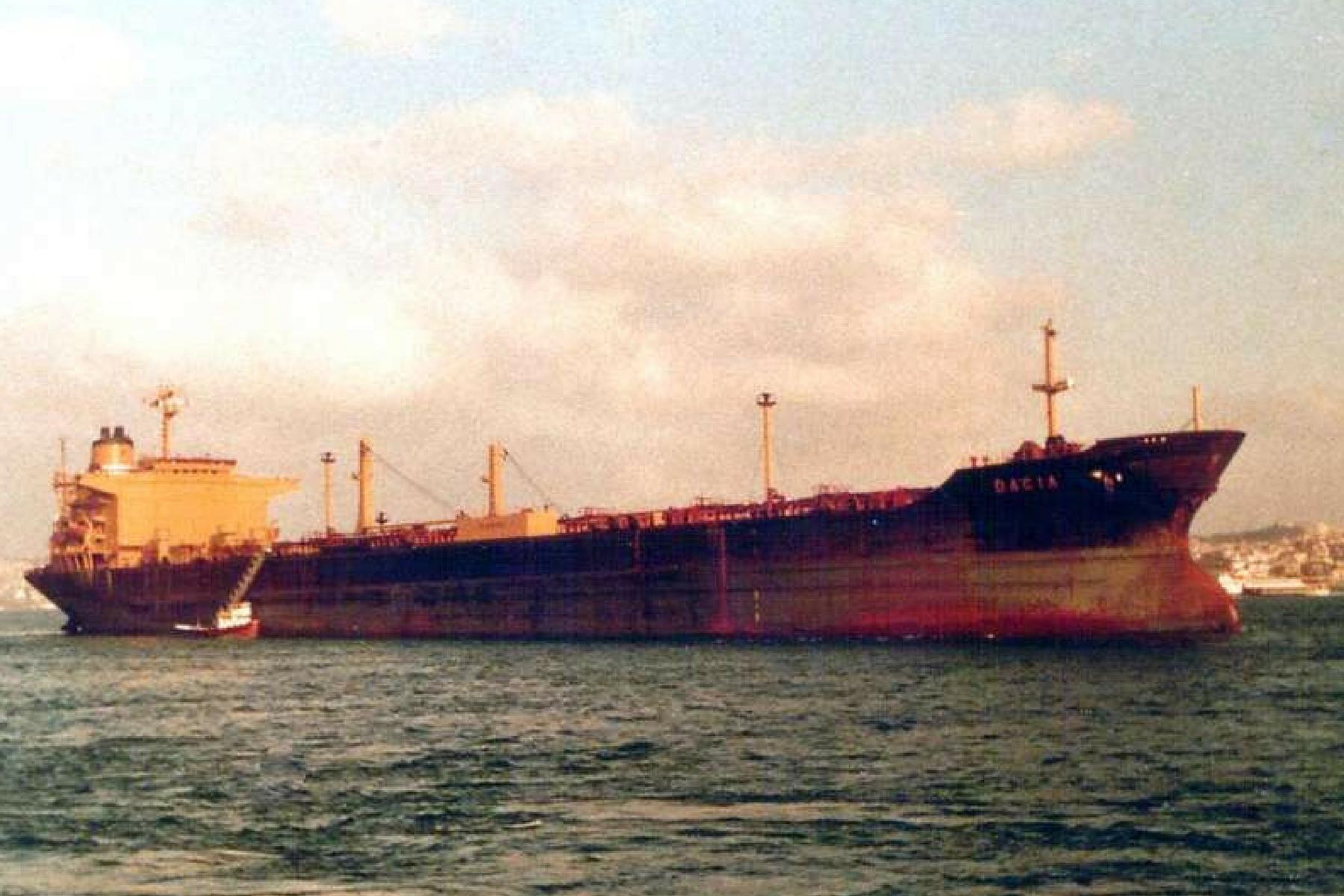 Tancul petrolier DACIA la Istambul in 1988