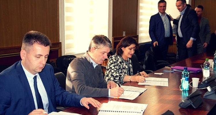 GEORGE SCRIPCARU primarul Brașovului alături de VENERA VLAD, director BERD (15.12.2017).