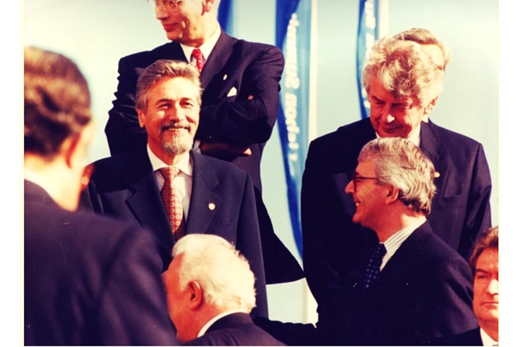 2 Decembrie 1996 - Presedintele Emil Constantinescu alături de premierul olandez Wim Van Kock