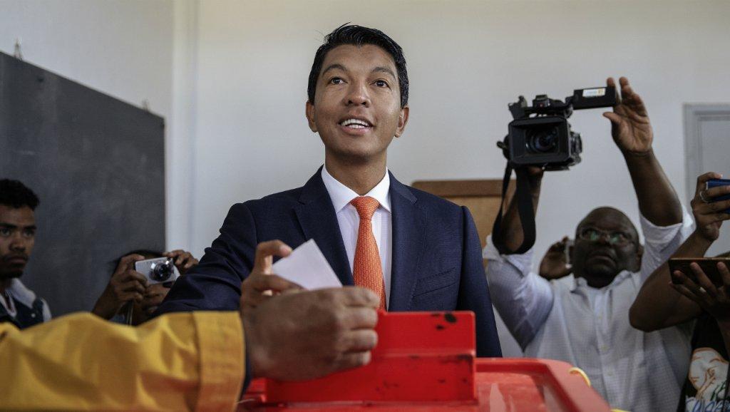Andry Rajoelina câștigă alegerile cu 56% - 27 decembrie 2018
