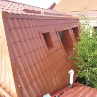 reparatii acoperisuri tigla metalica